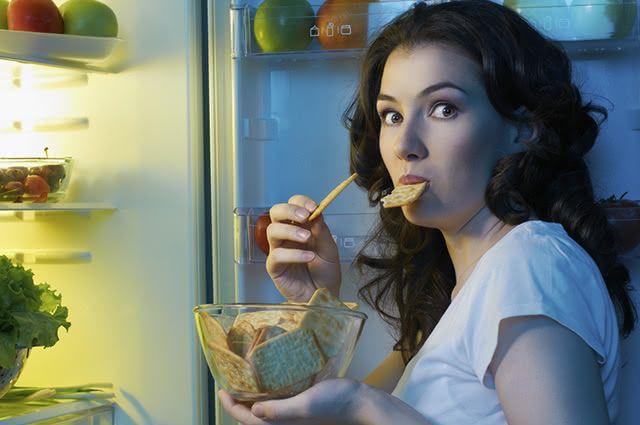 Evite comidas e bebidas que causem gases, pois acarretam em aumento de medidas