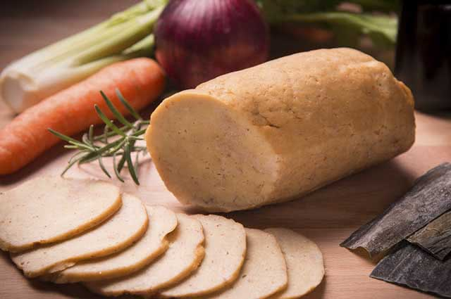O seitan tem origem asiática e disputa espaço com o tofu nas dietas vegetariana e vegana