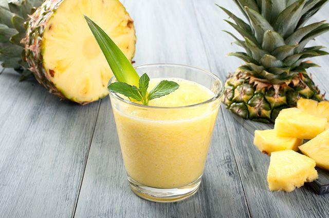 Suco de abacaxi com hortelã é uma das 7 combinações saborosas para suco