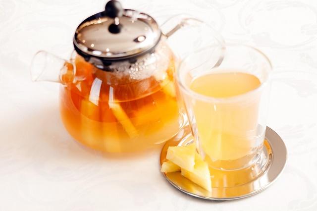 Chá de abacaxi e canela