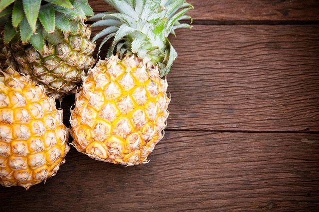 O abacaxi ajuda tanto a facilitar a digestão quanto no funcionamento do intestino