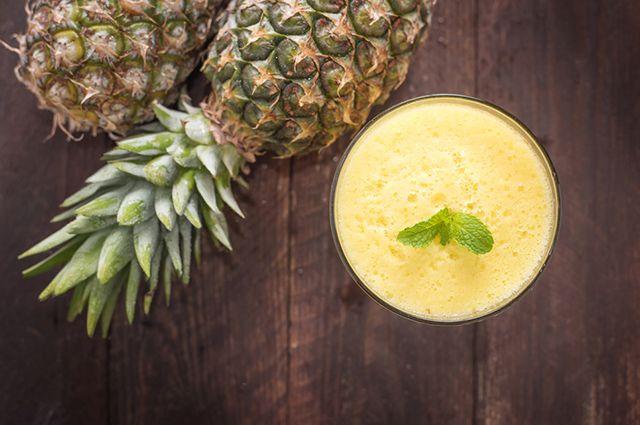 Suchá detox de abacaxi com hortelã atua a favor do emagrecimento rápido