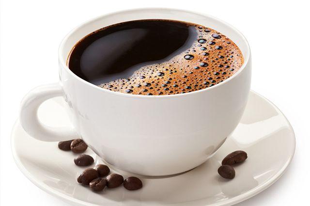 O café é um dos alimentos que causam espinhas