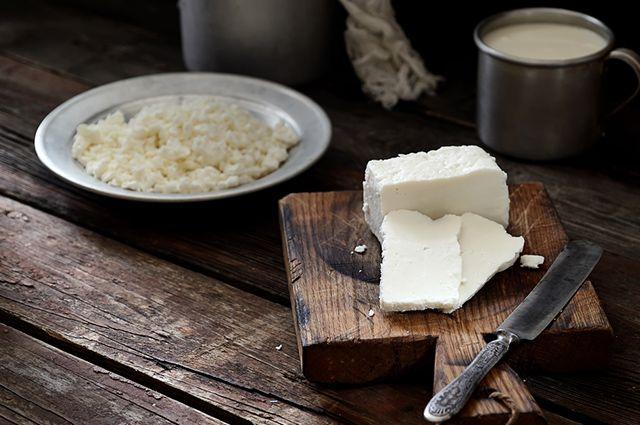 Comer queijo quark antes de dormir pode ajudar na busca pelo emagrecimento