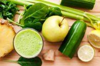 Chá verde: Receitas com suco detox de gengibre para emagrecer