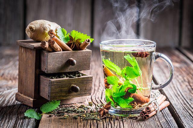 O chá de hortelã com canela serve para controlar as taxas de glicose