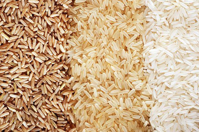 Existem vários tipos de arroz e o menos saudável é o branco