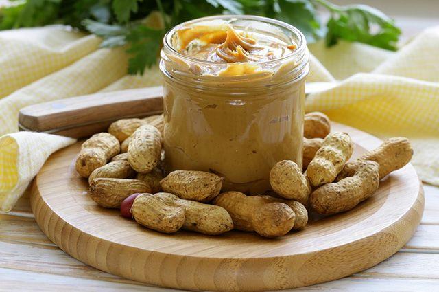 A manteiga de amendoim caseira tem prazo de validade menor do que a industrializada