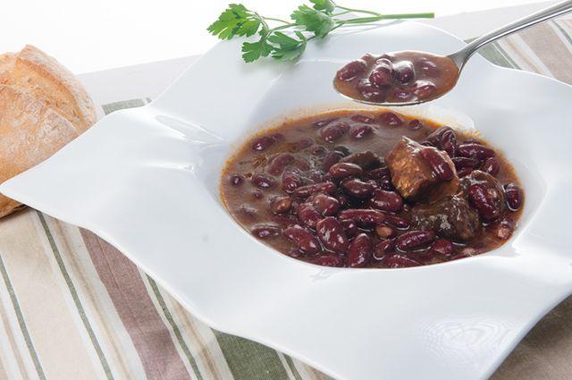 Prato com feijão preto