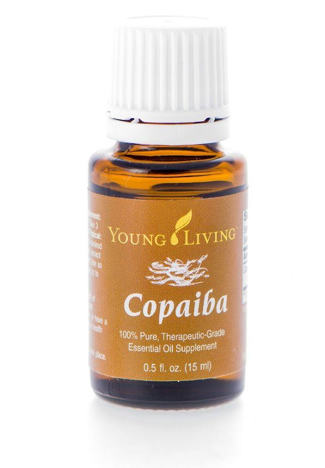 O óleo de copaíba é um exemplo de remédio caseiro para micose na unha