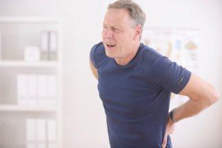 Hérnia de disco: sintomas e tratamento