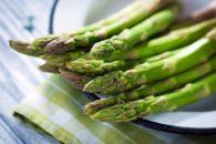 10 benefícios do aspargo
