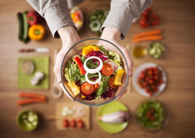 Salada na tigela
