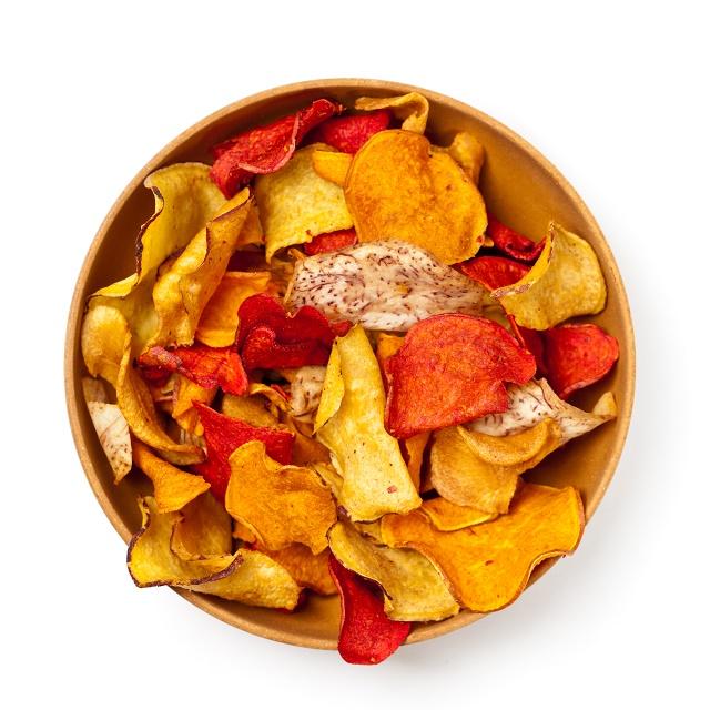 Chips de legumes coloridos